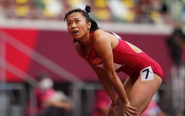 田径女子100米预赛 葛曼棋小组第四晋级半决赛