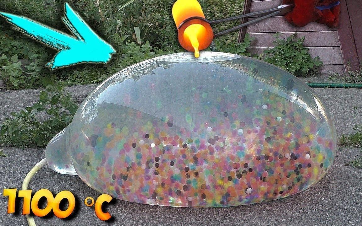 准备了1100度铜水,浇灌装满水宝宝的气球上,一瞬间太过瘾了!