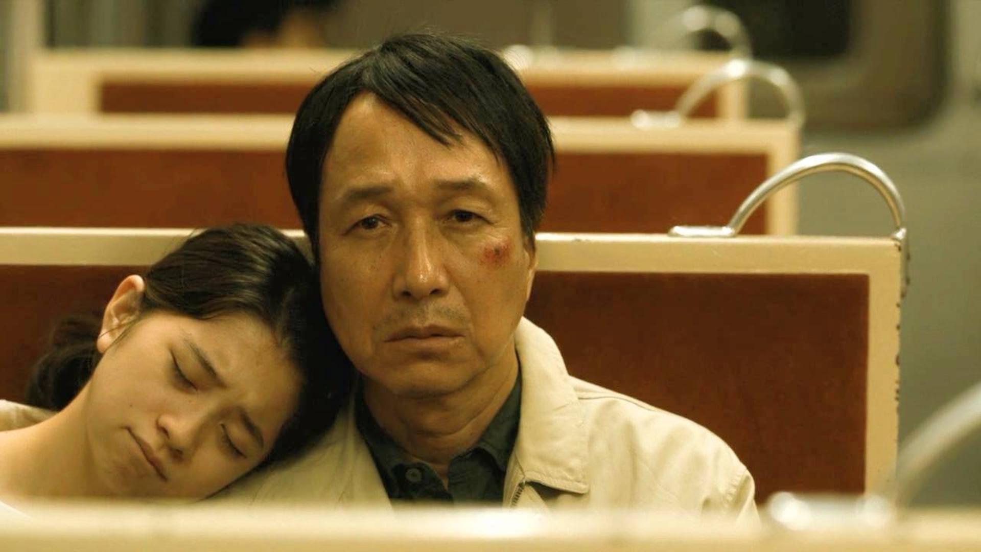 口碑炸裂的日本推理电影,这编剧脑洞真大!《祈祷落幕时》
