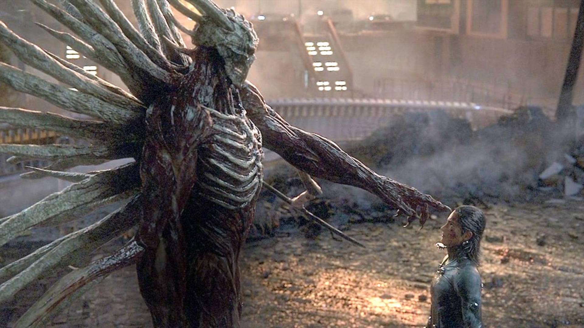 最强BOSS登场!外星人拥有五种形态,自诩为神,手撕超级战士!速看科幻电影《杀戮都市:O》