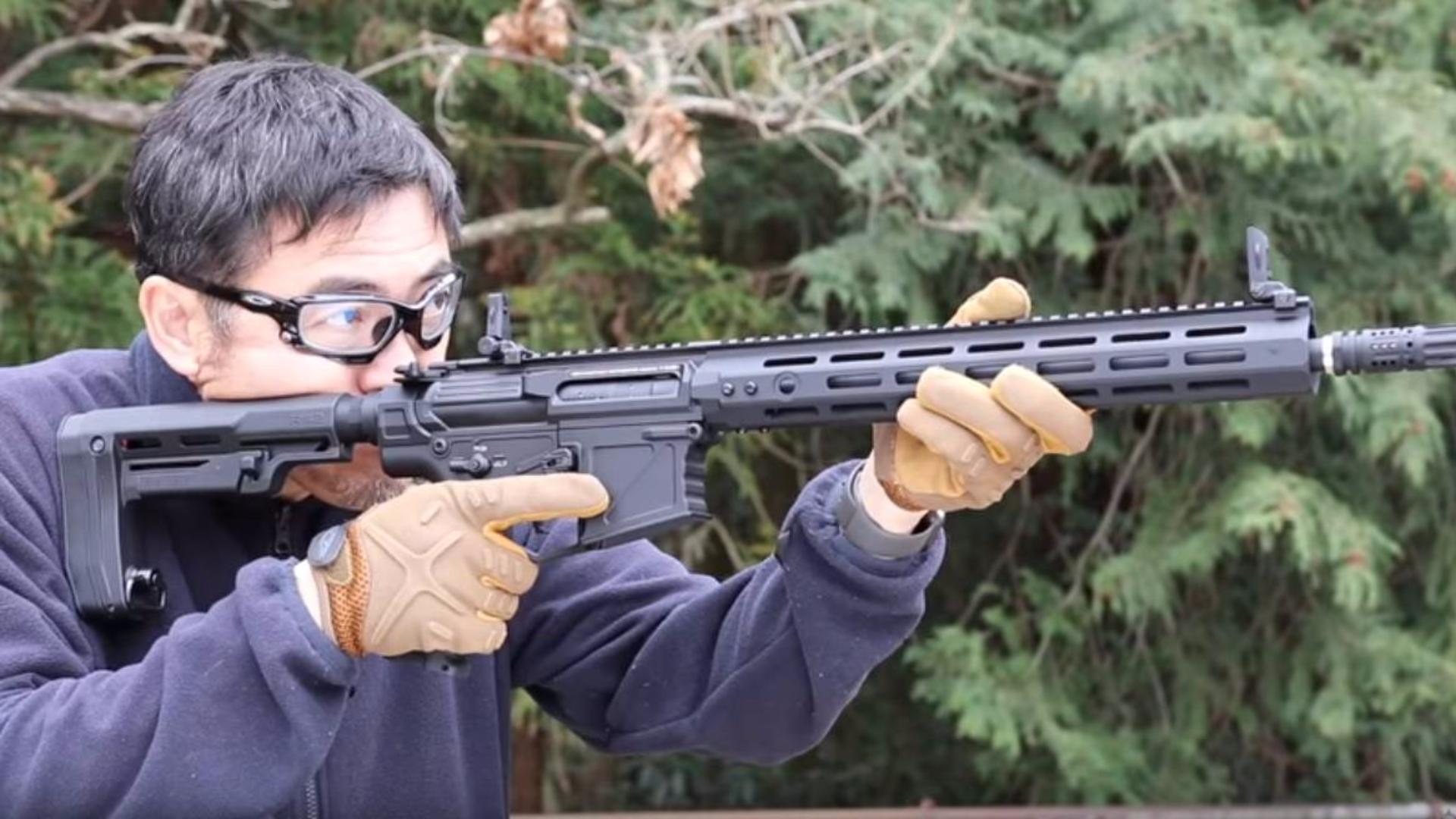 日本壕堺大叔:幻影极值eMark8 M4 电动力!