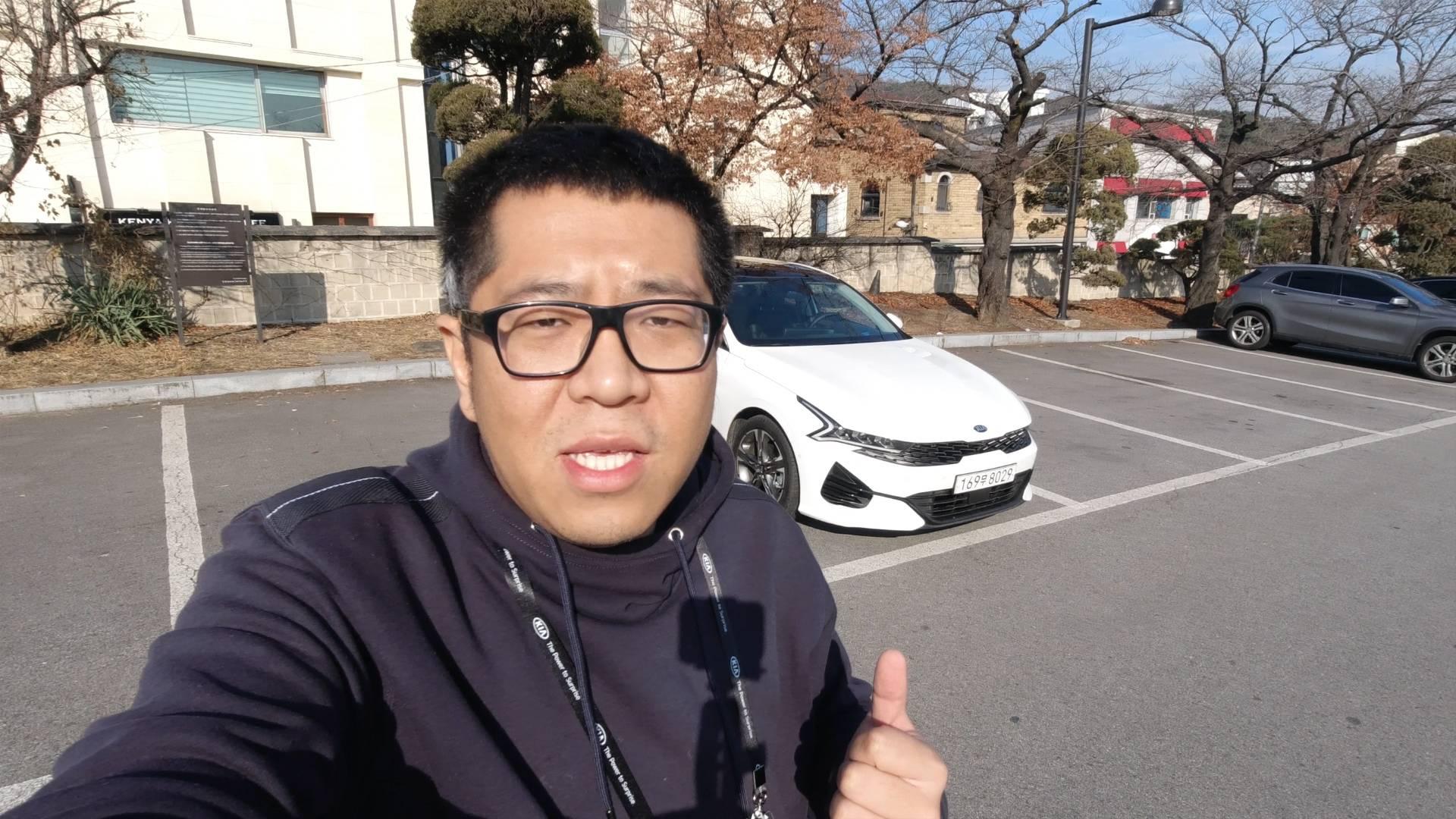 韩国试驾全新起亚K5 颜值稳了 动力有惊喜