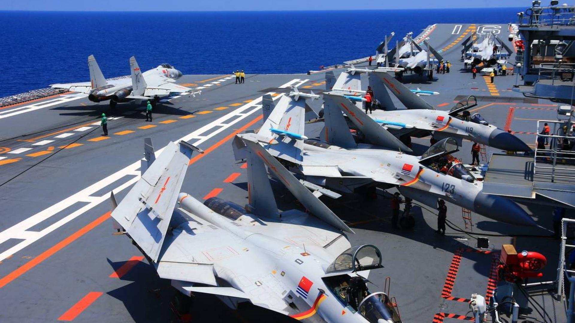 正视差距!山东舰投入密集训练,中国航母战斗力能否追上美国?