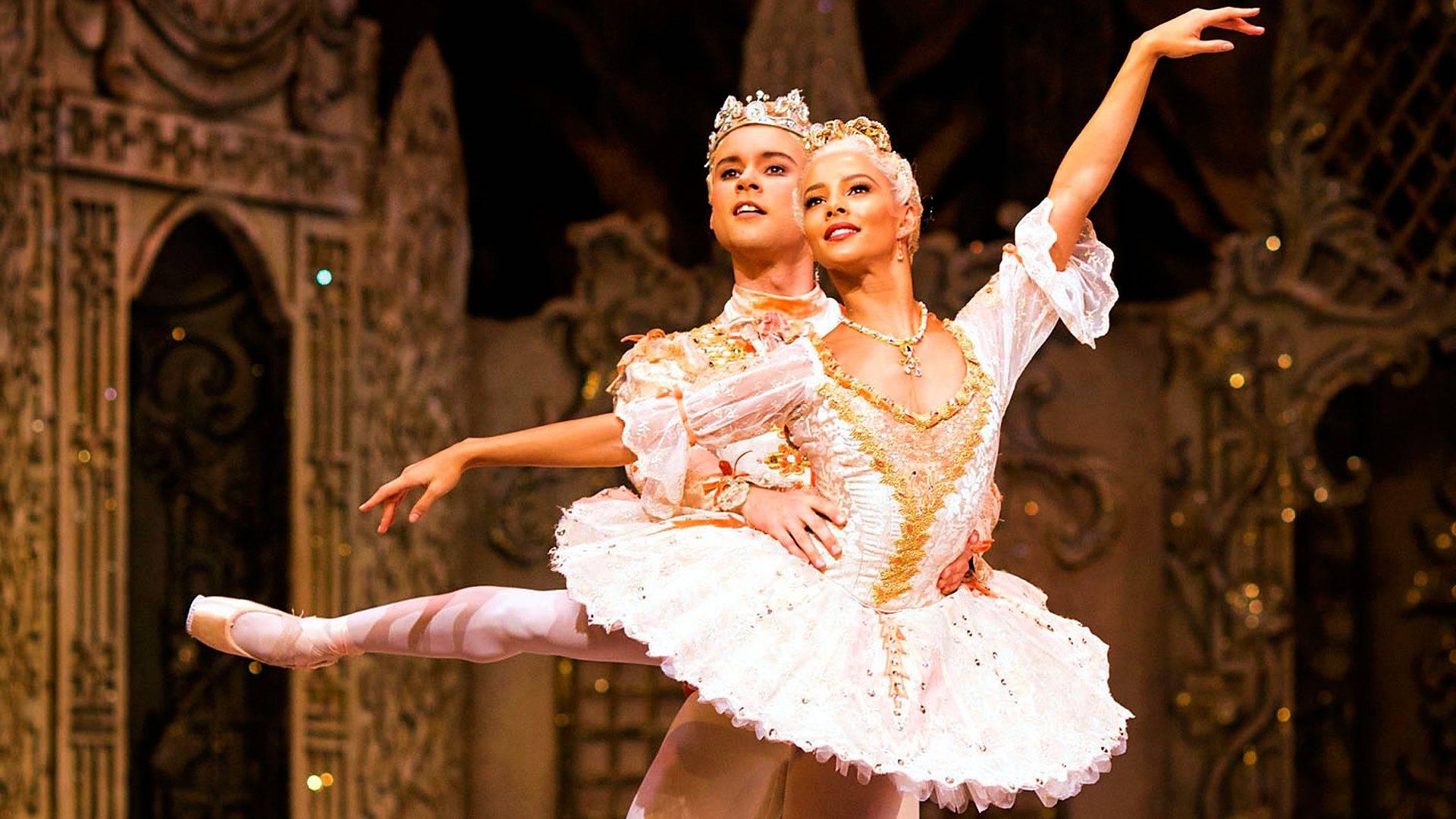 纪录片.BBC.胡桃夹子:英国皇家芭蕾舞团揭秘.2016[高清][英字]