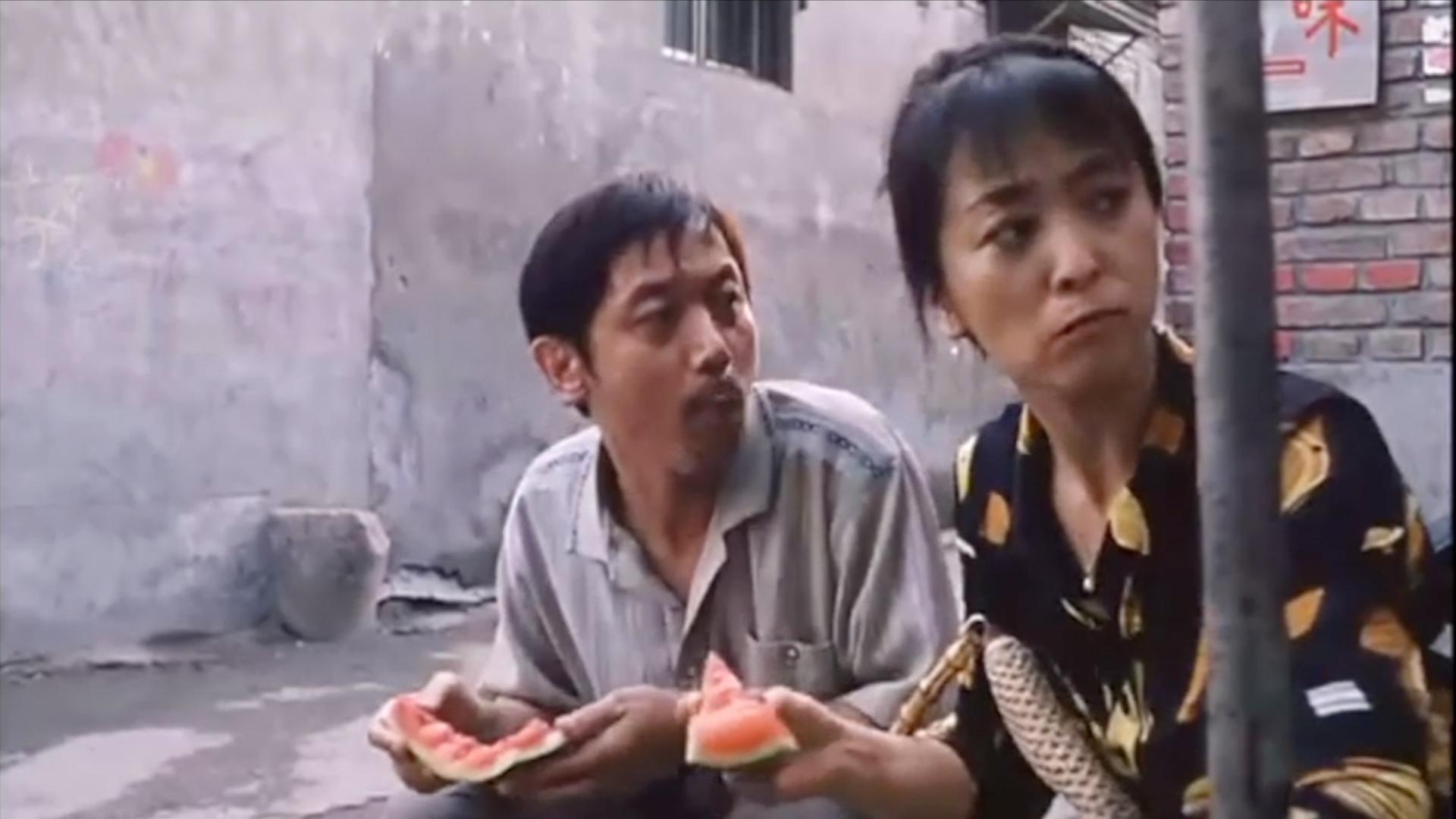 葛优吃瓜,徐峥吃肉,白家人围桌吃酒!#乐喵君啊#