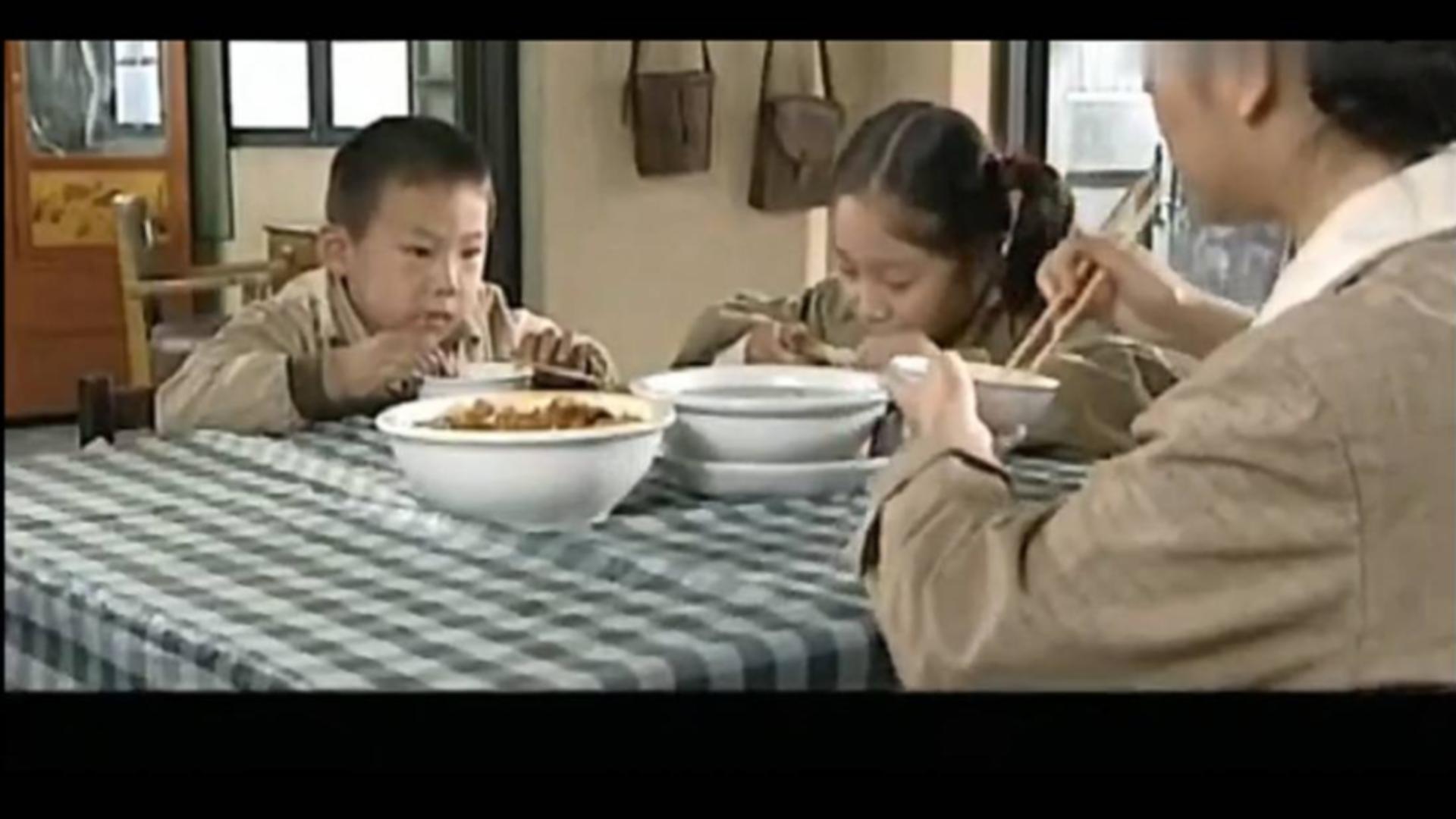 甄子丹金城武等人吃火锅,小朋友吃兔肉,看饿了系列