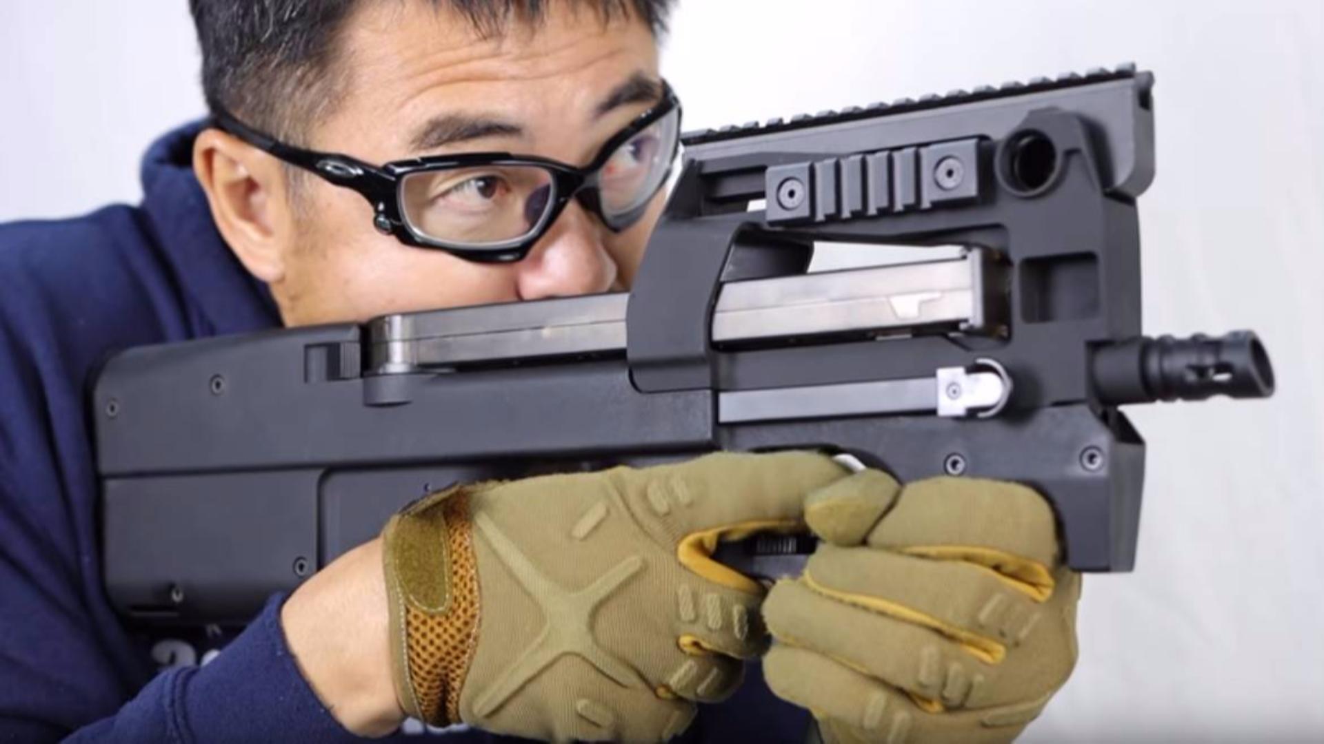 日本壕堺大叔:P90 Tactical自定义电动力!