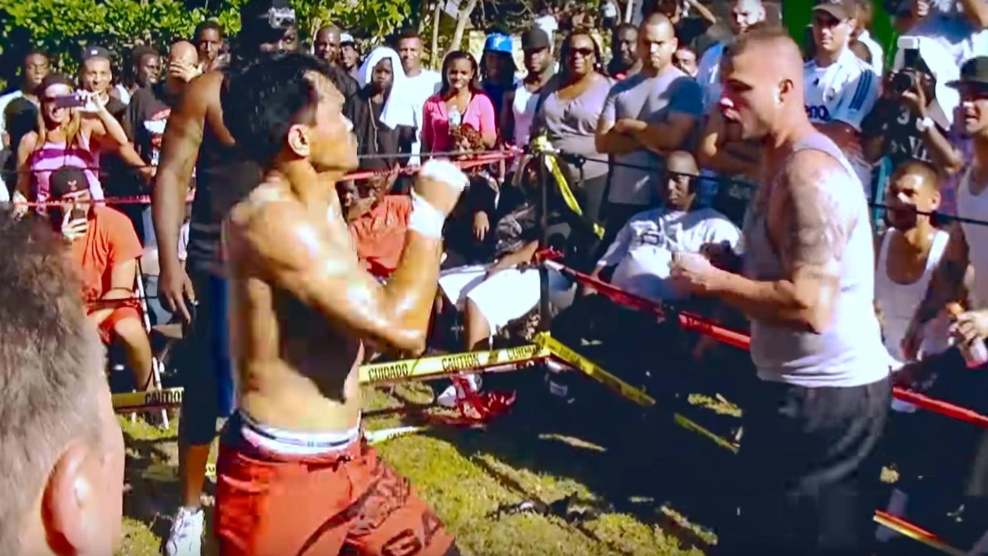 泰国拳师参加街斗比赛,抗击打真强,彻底打服对手!