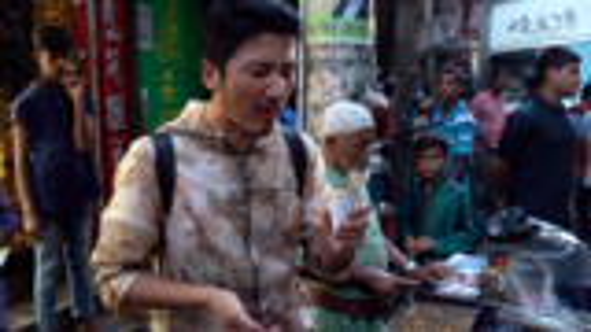 雷探长吃遍孟加拉黑暗料理一条街,一份几毛钱,邀请吃播博主体验