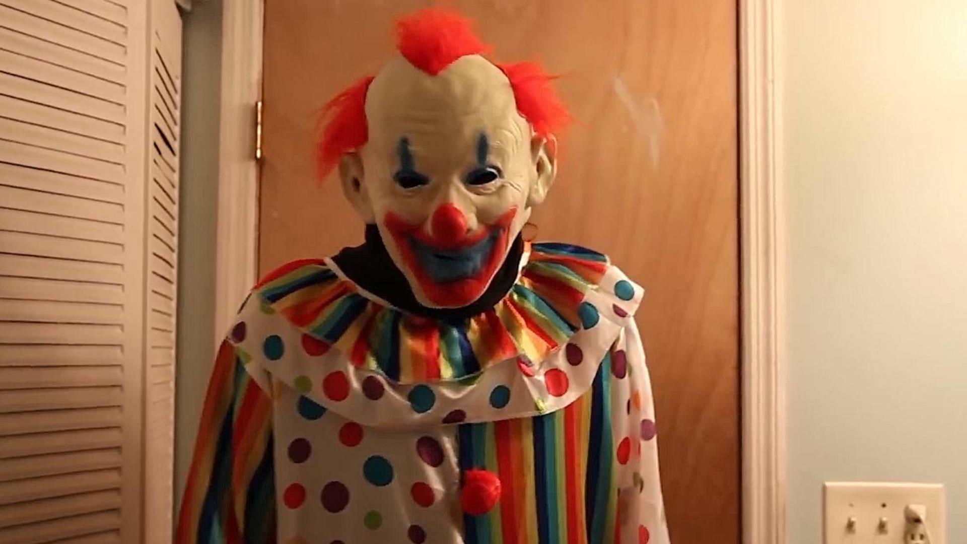 恐怖短片《充气小丑》