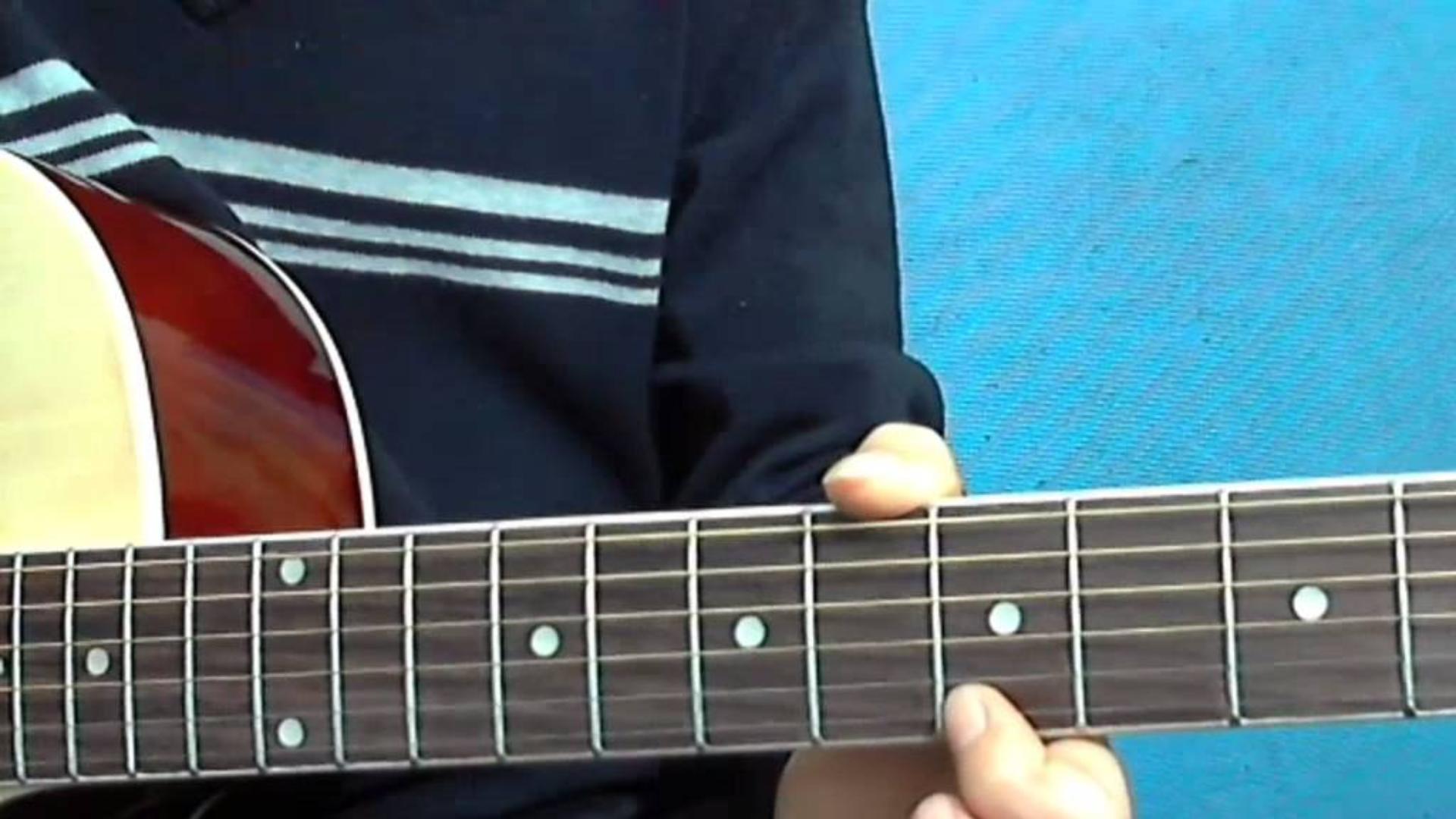 第83课吉他教学讲解,周笔畅《笔记》的前奏部分