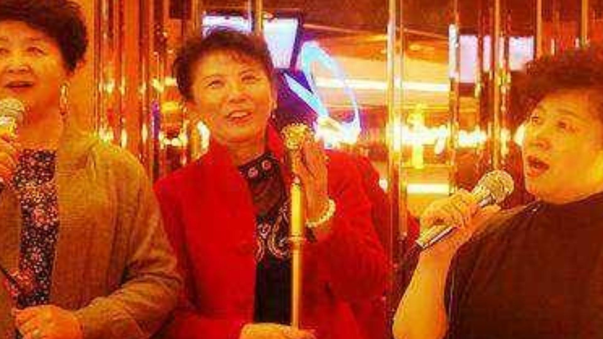 大妈K唱《走天涯》