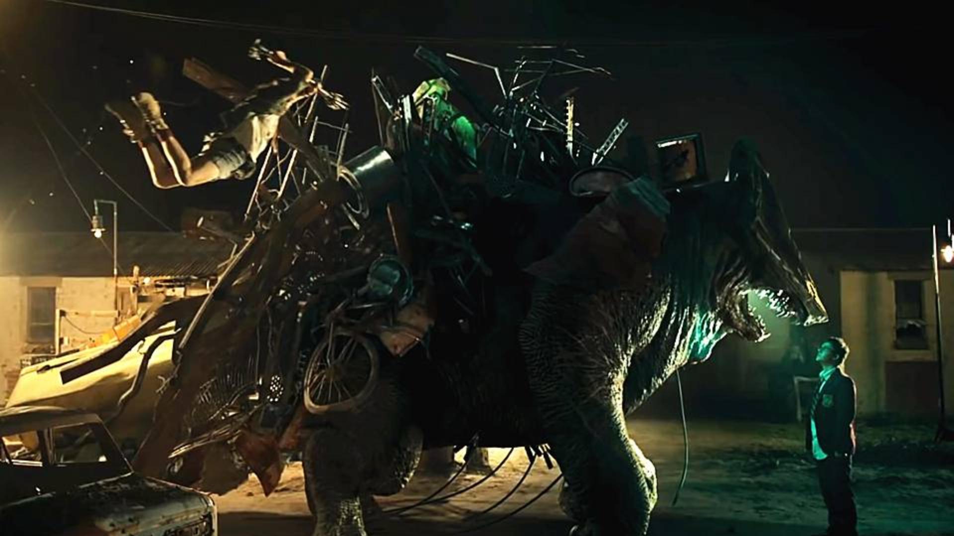 科幻短片《怪物启示录》:枯燥的现实下隐藏着一个属于怪物的新世界