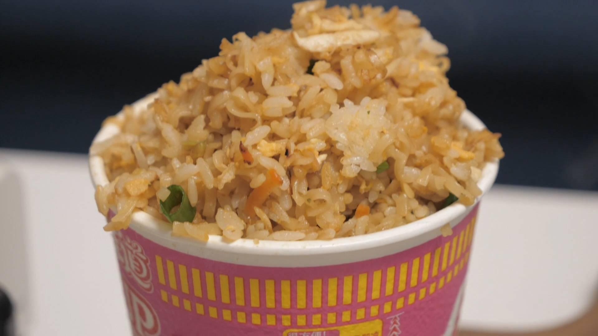 """方便面炒饭?日本当下""""最火混搭吃法""""真的好吃吗?"""