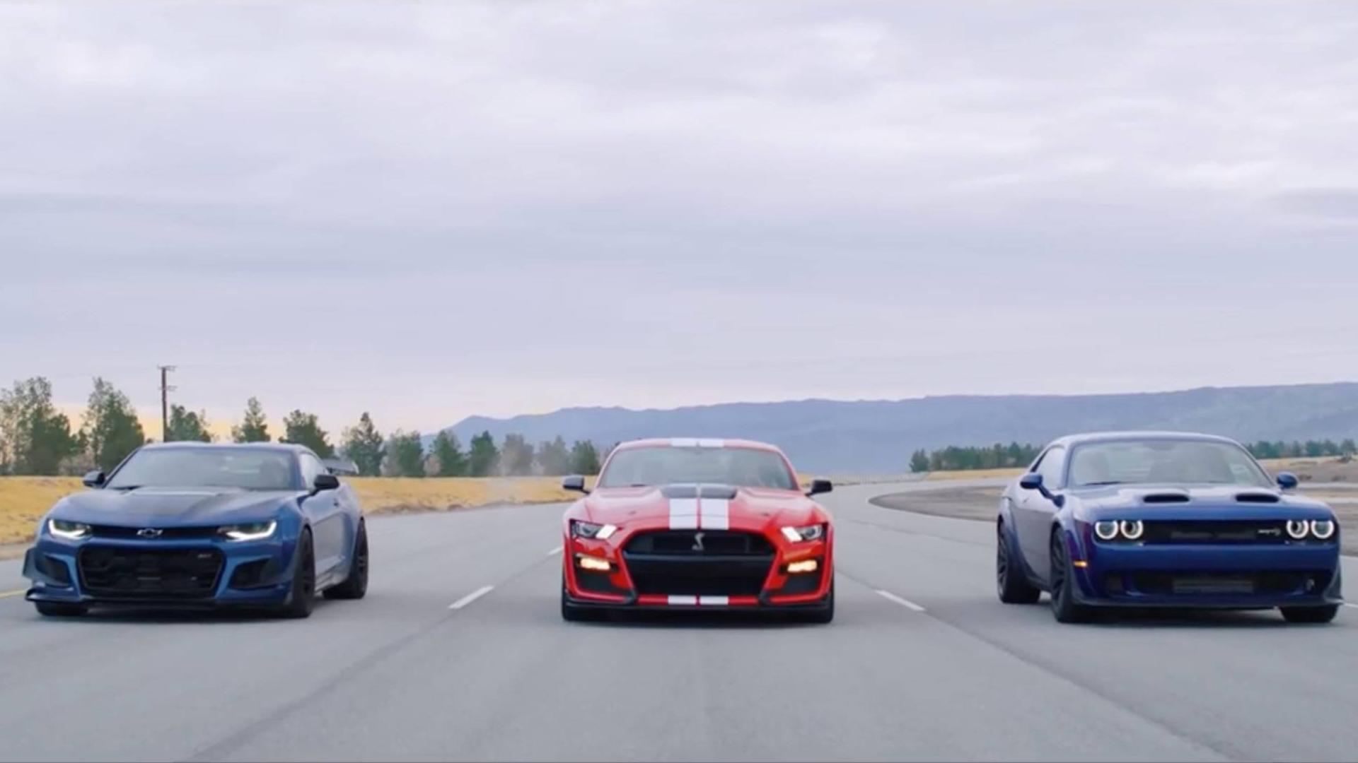 pony内战!谢尔比GT500 VS 挑战者红眼地狱猫 VS 科迈罗ZL1 直线加速赛(生肉)