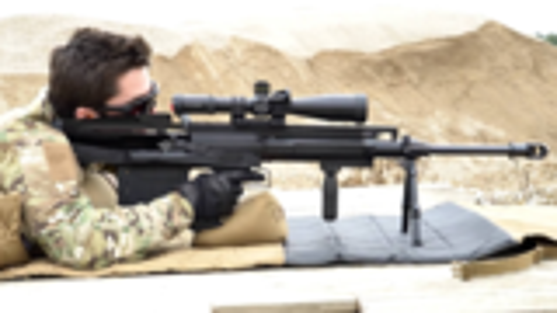 匈牙利山猫GM6反器材步枪射击