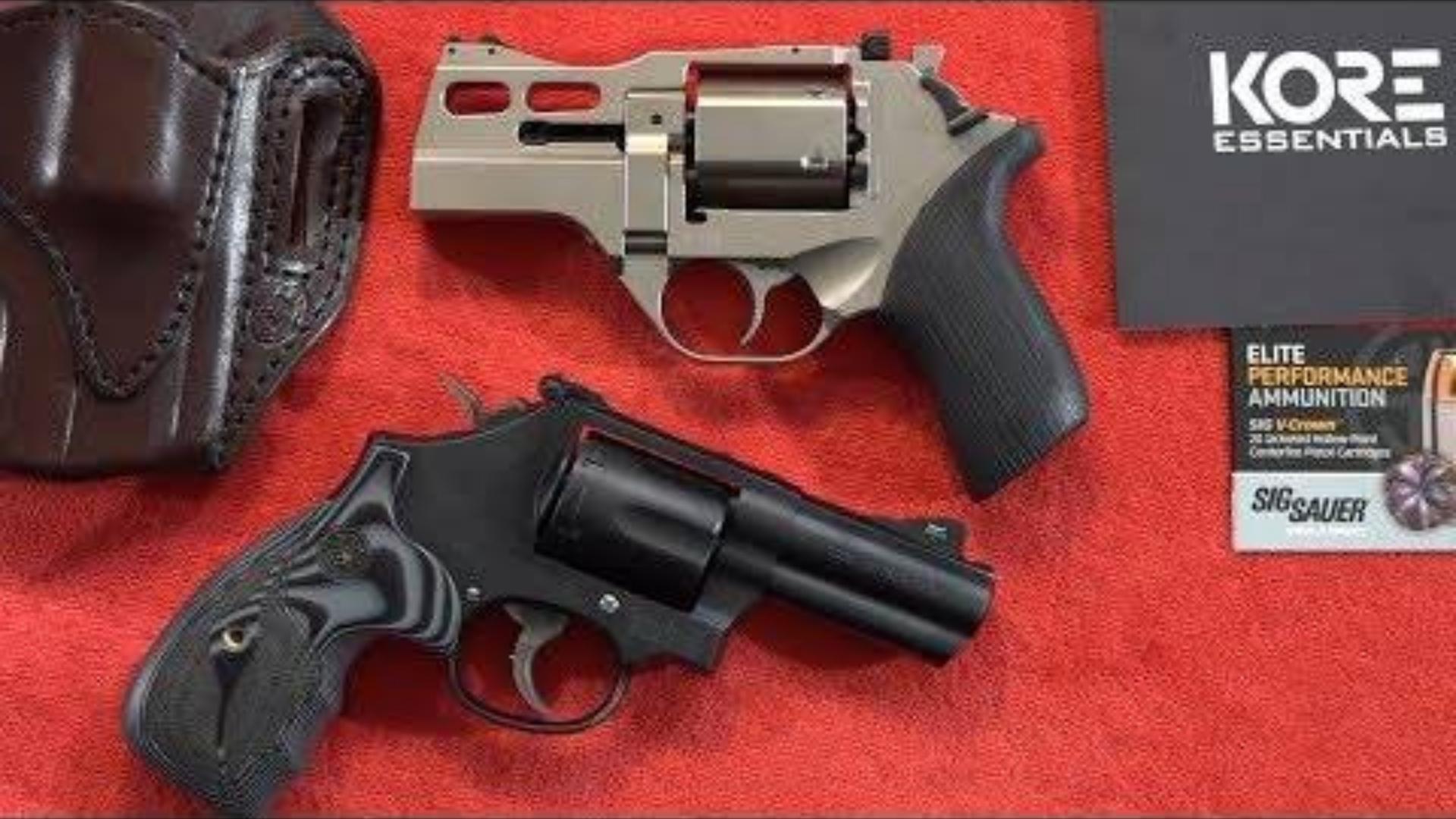 [BERETTA9mmUSA]齐亚帕犀牛30DS vs 史密斯威森M19左轮手枪