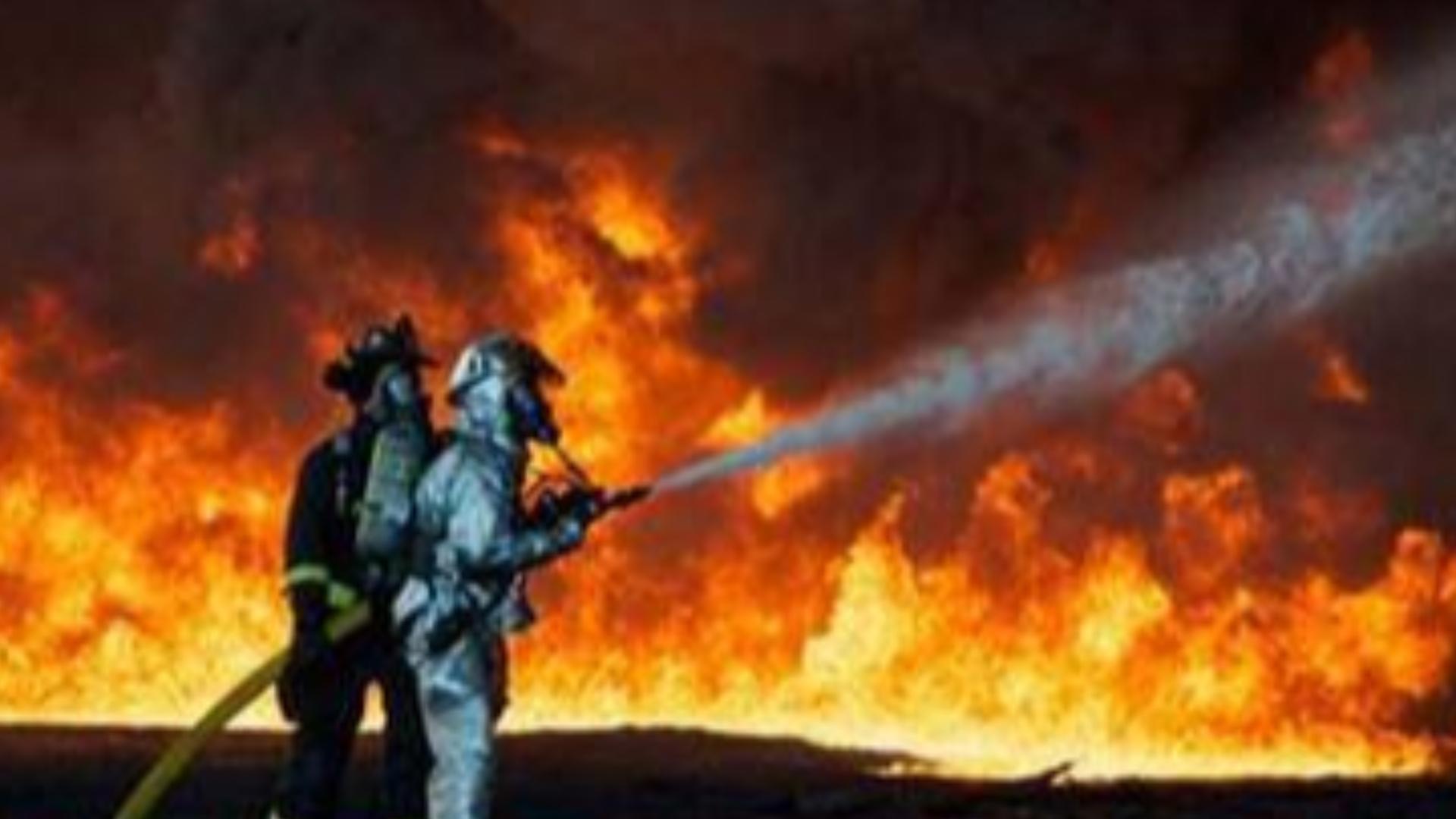国外火灾救助现场震撼观众