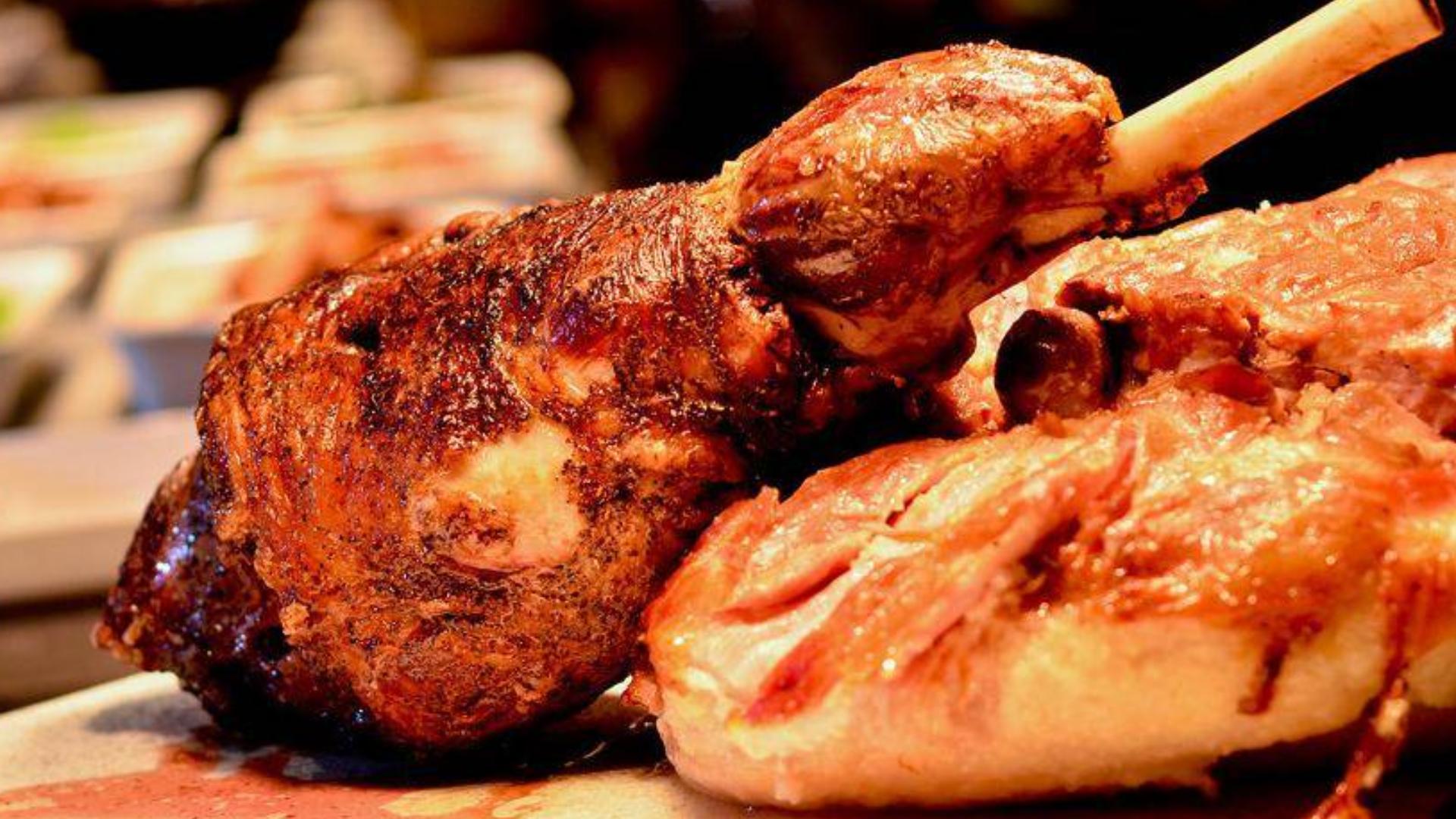 """【八景】美食小盘点之""""吃羊肉"""":羊腿,羊肉串"""