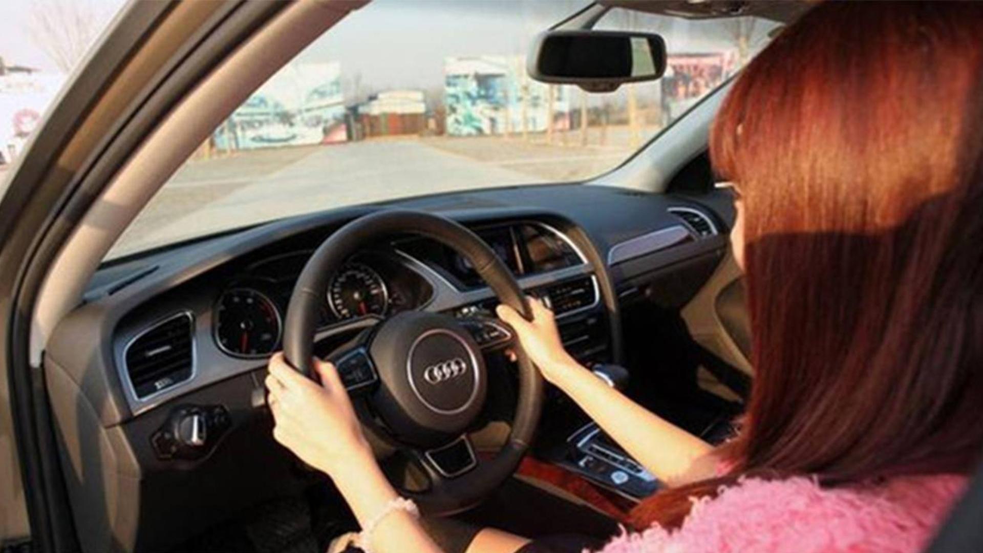 这7个错误的开车习惯,一大堆新手司机经常犯,危险还伤车