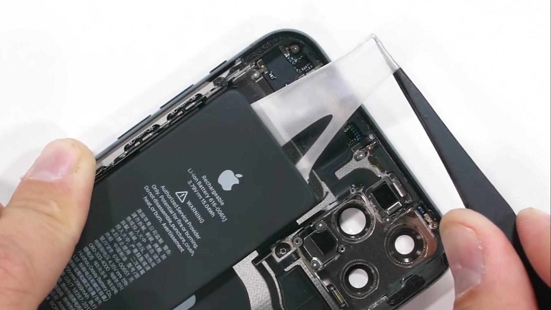 你不要过来呀!iPhone 11 Pro 拆解