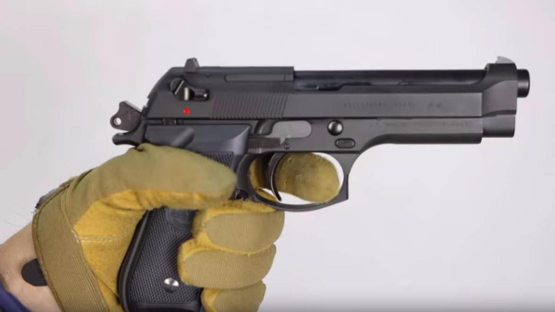 日本壕堺大叔:KSC贝雷塔U.S.9mmM9重力气枪!!