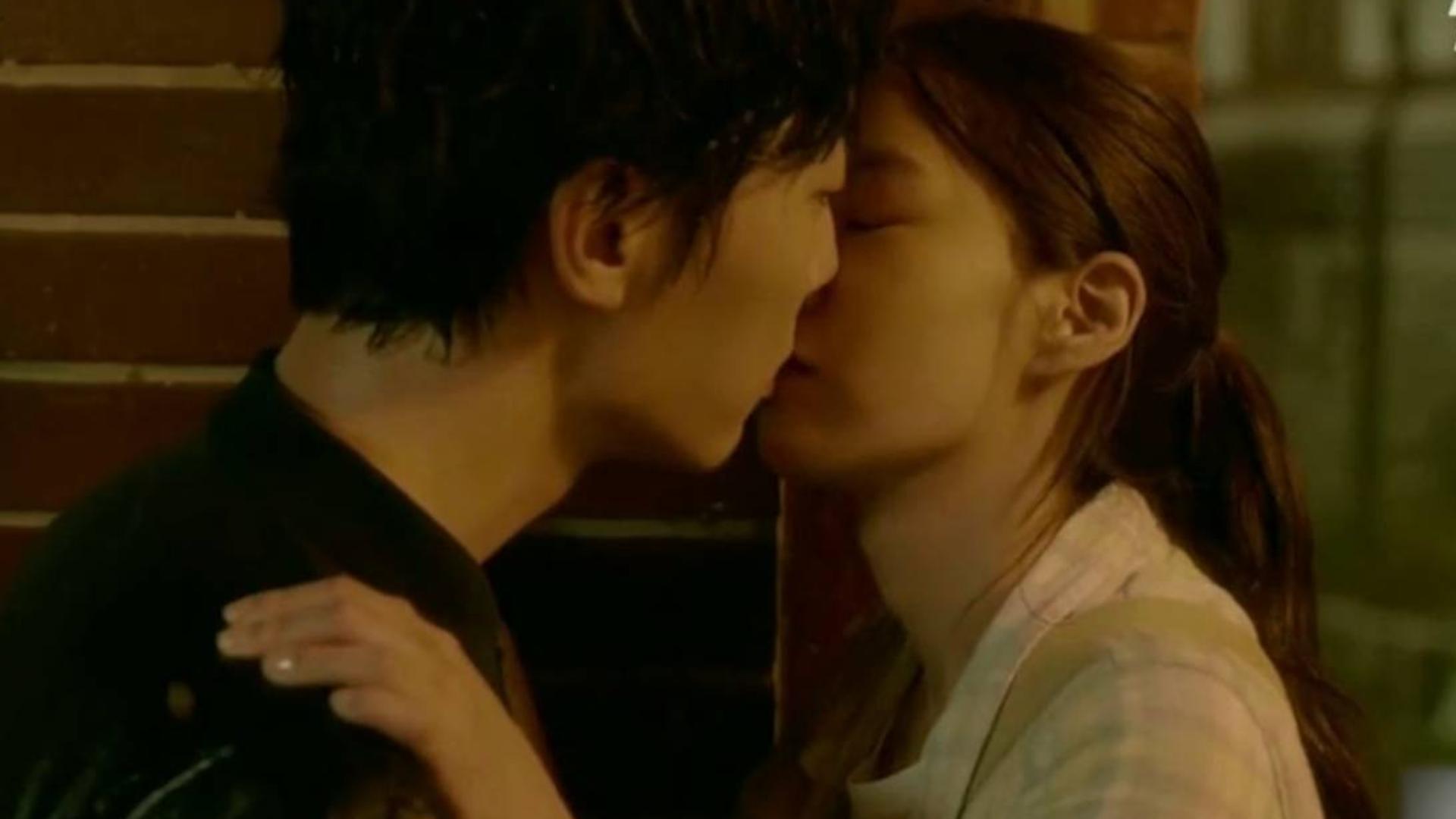 「高能+高甜吻戏合集」得不到的的永远在骚动,到底是在接吻还是在吃人