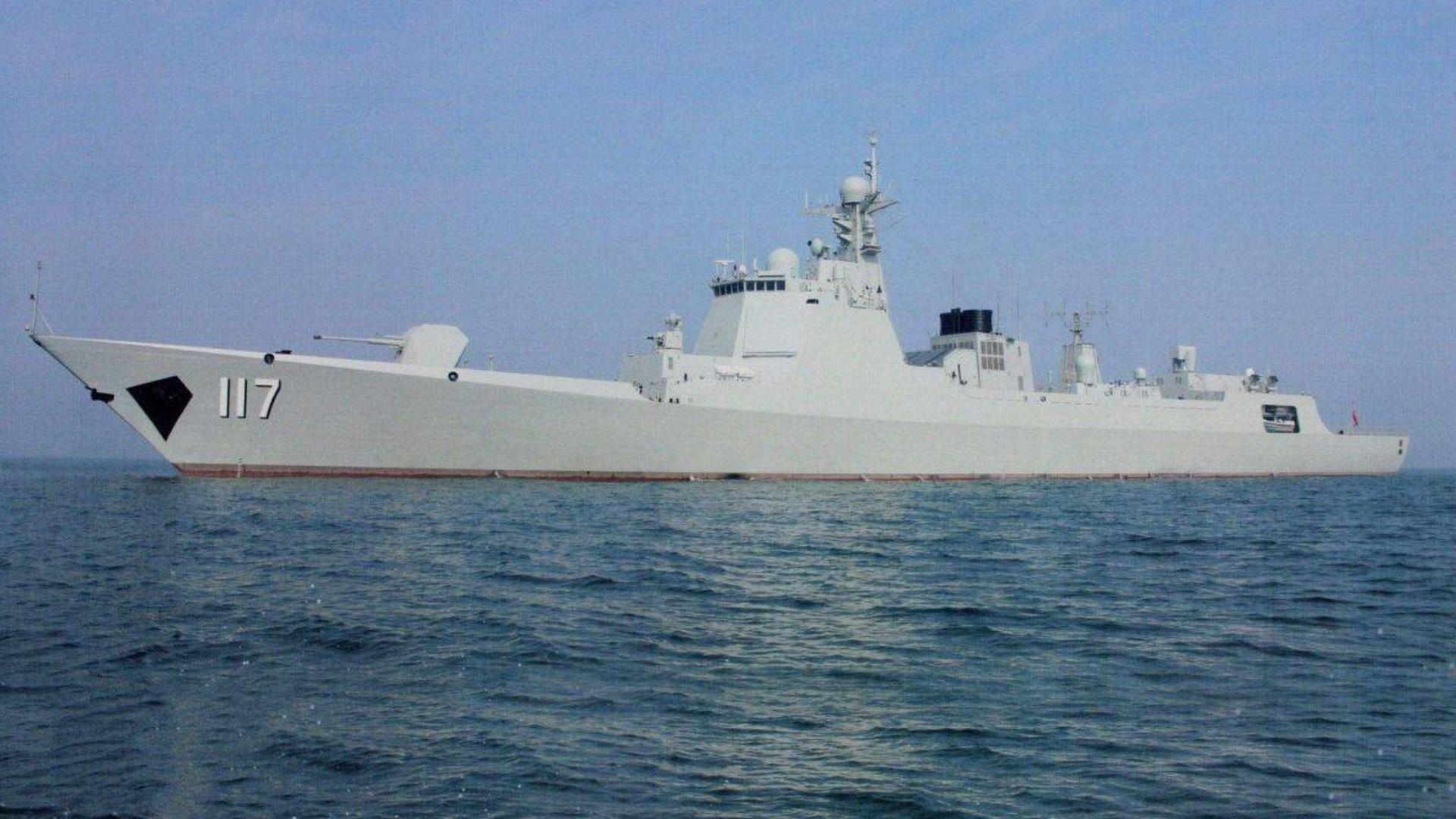 中国海军第三十三批护航编队访问阿联酋