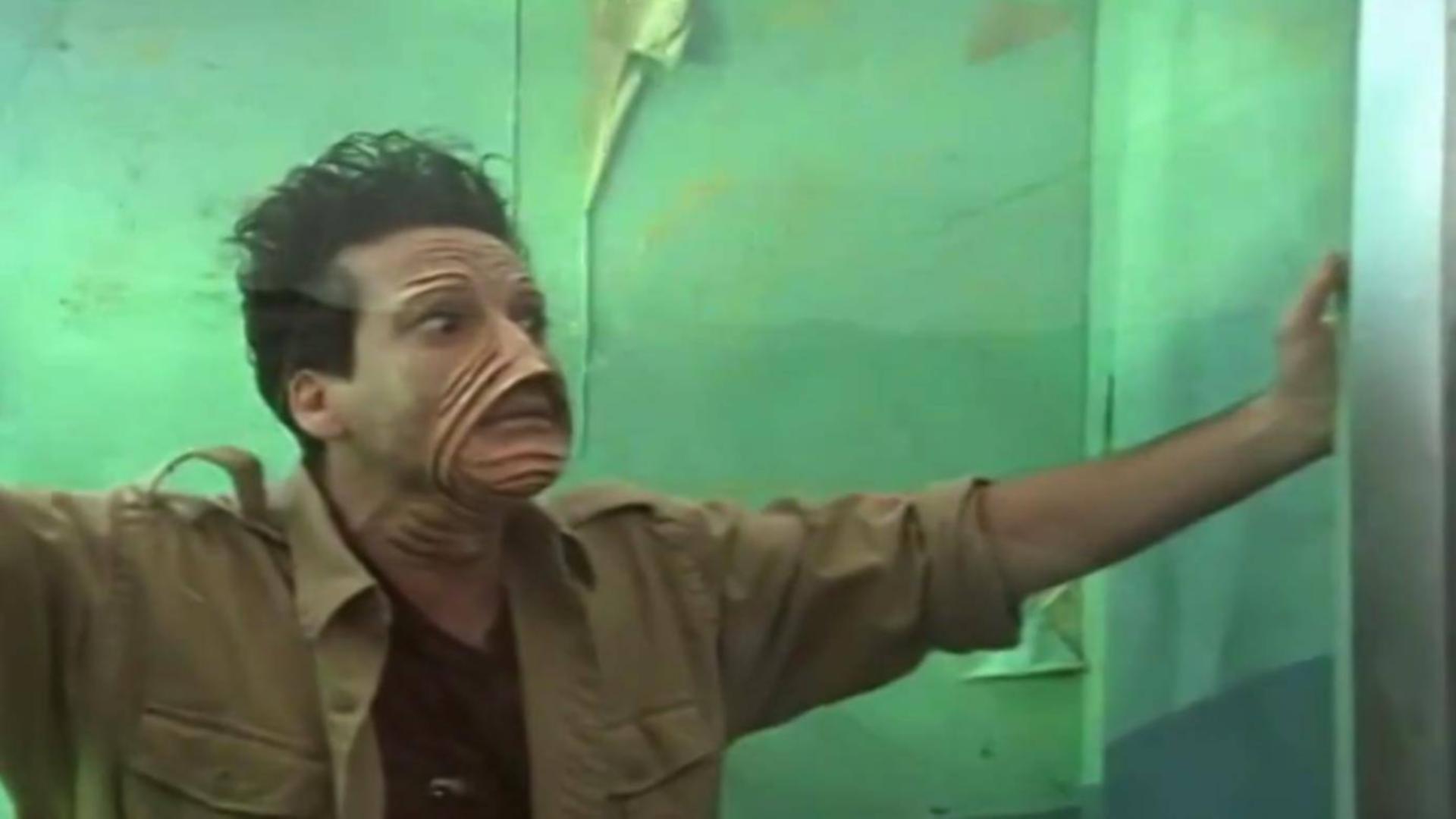 【好看】男子拿人体做实验,最终惨遭报复变成怪物,被囚禁水箱供人参观