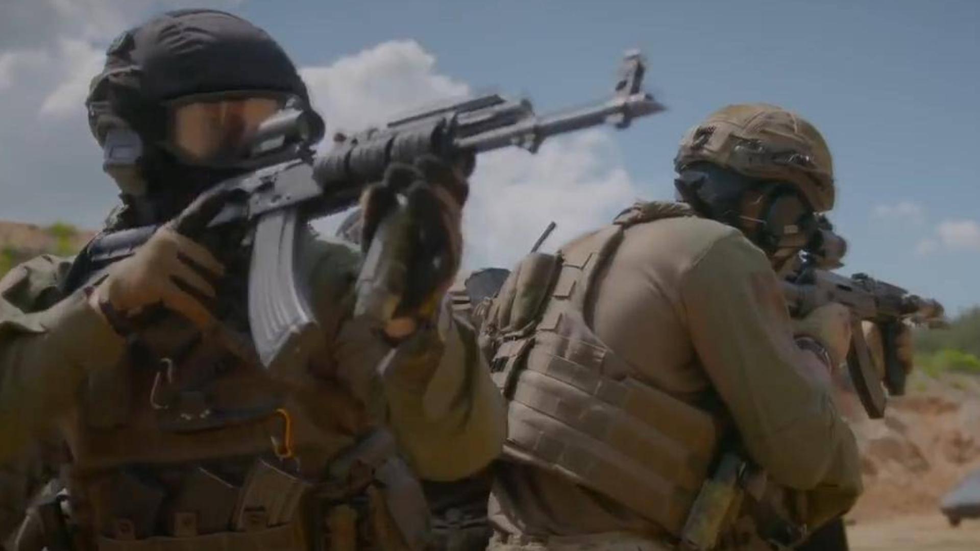 军事学院战术训练 看多了ar 来看看ak吧