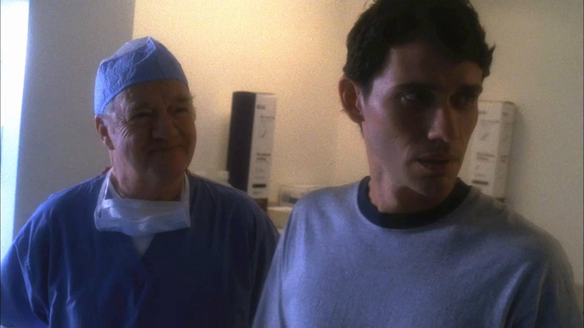医生手术时忘记缝针致女子当场身亡,丈夫怒了!《鬼语者07》
