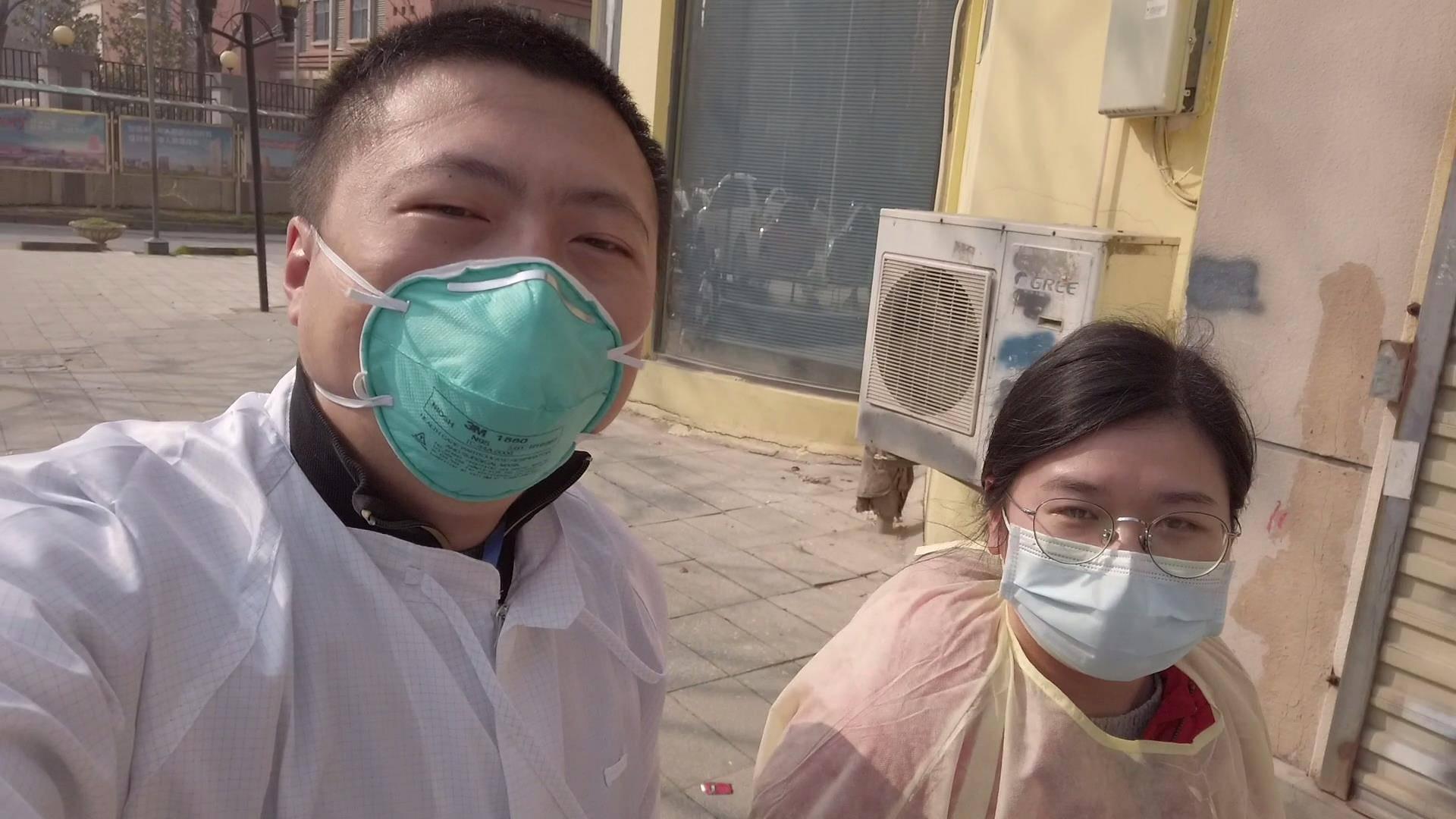 【武汉观察Vlog11】去百步亭给82岁老爷爷送菜,跟拍居委会工作的一天