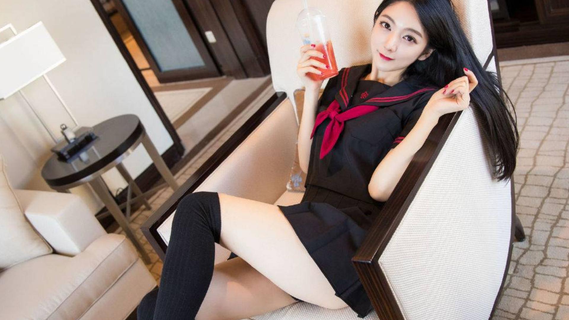 现伇 J K 美少女♛宝多六花cosplay,JK制服你瞅瞅看