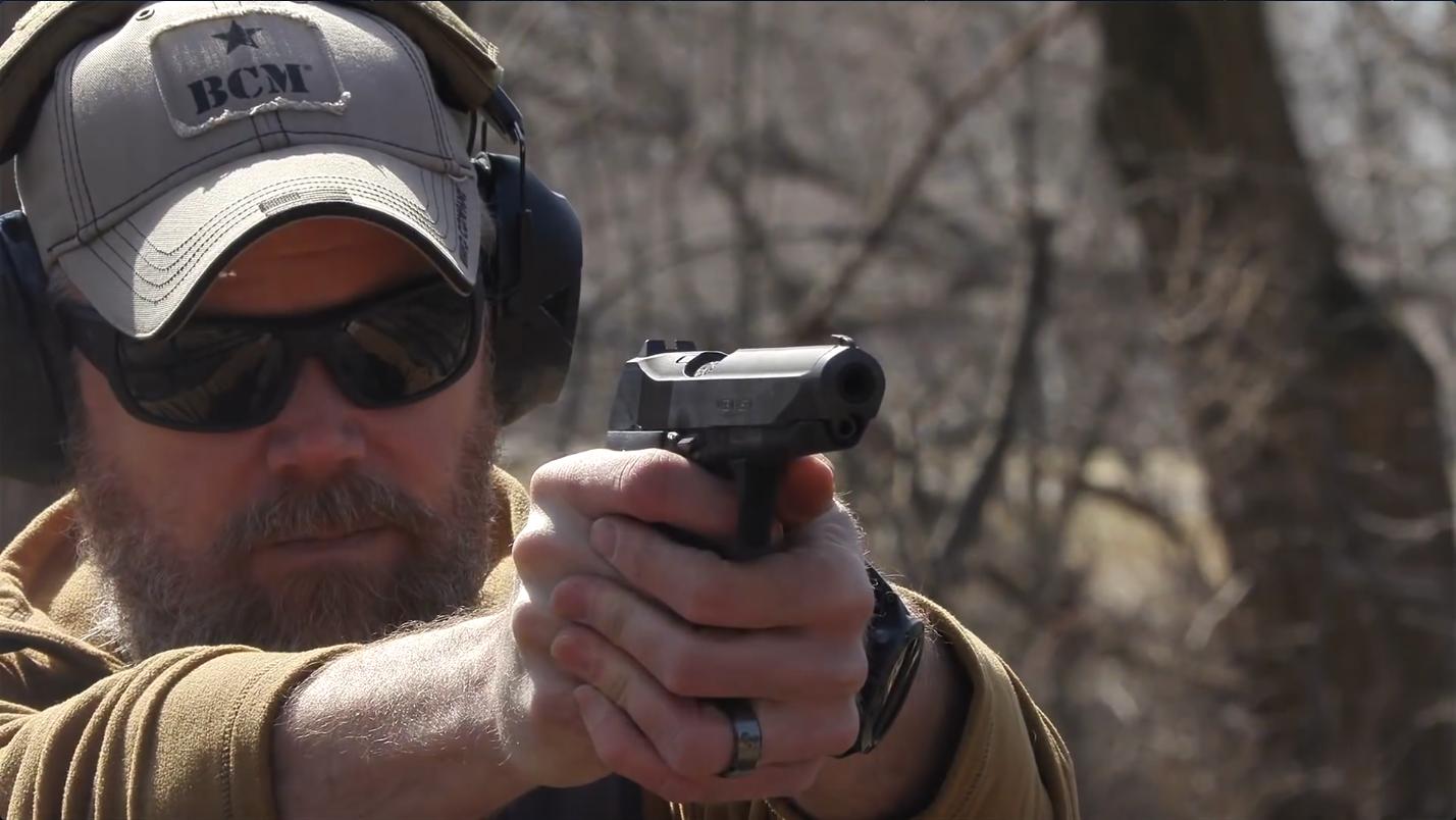 "【MilitaryArmsChannel/军武频道】奥地利斯太尔GB手枪—第一个Glock""受害者"""