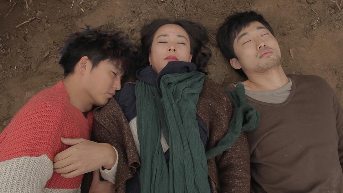 韩国虐心电影《圣殇》,结局真的是太惨了,女主角用母爱杀死了他