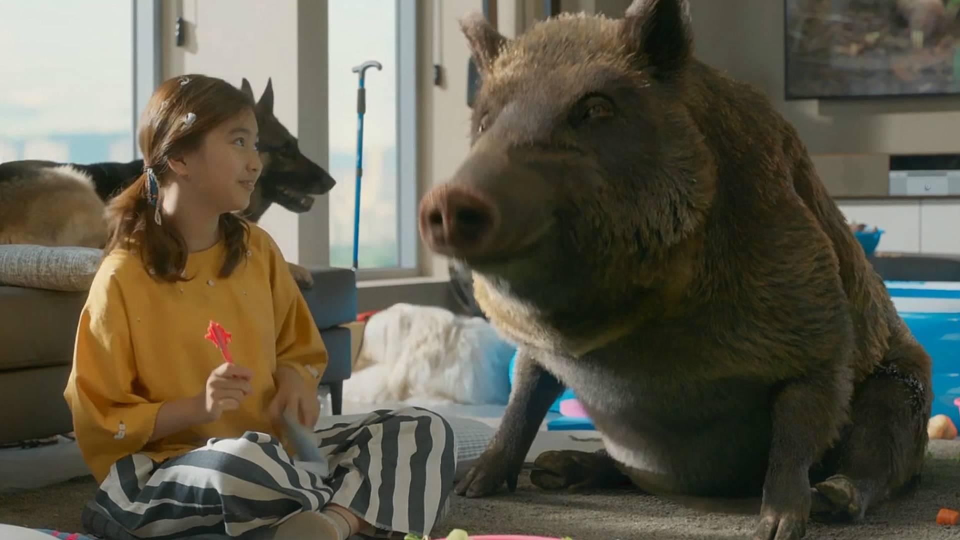 老爸突然能和动物讲话,女孩家里一下成了动物园,一部动物喜剧片