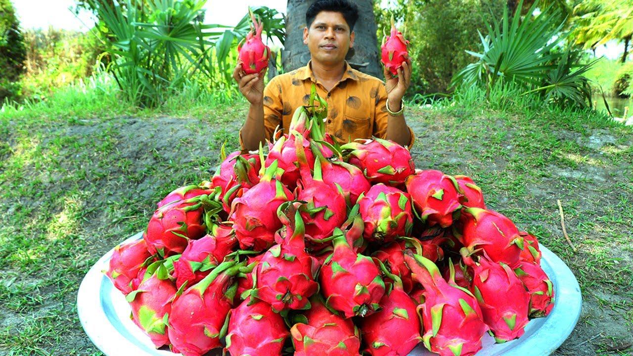印度人如何吃火龙果你见过吗 ? 一大盘火龙果看看村民怎么吃 !
