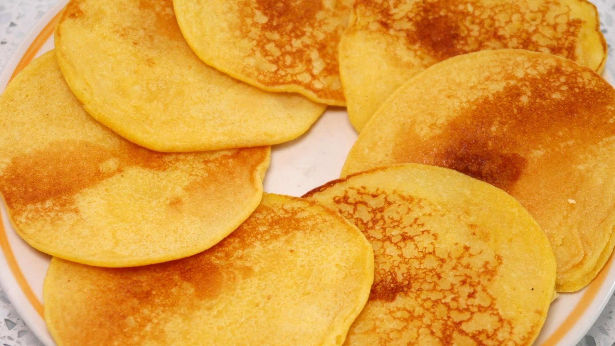 玉米面超简单的做法,2分钟一锅,蓬松柔软又香甜,顿顿都吃不够