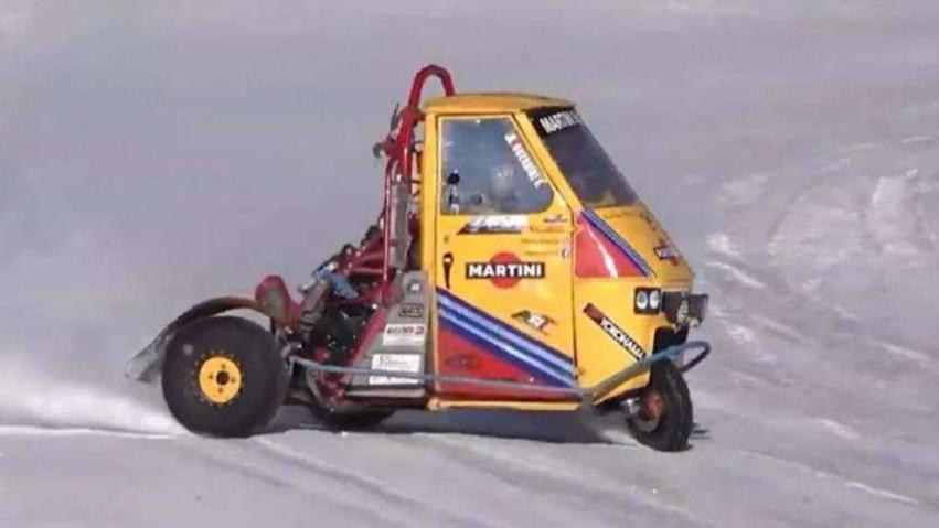 这三蹦子能漂移,还能上赛道当赛车,猜猜它有多快?