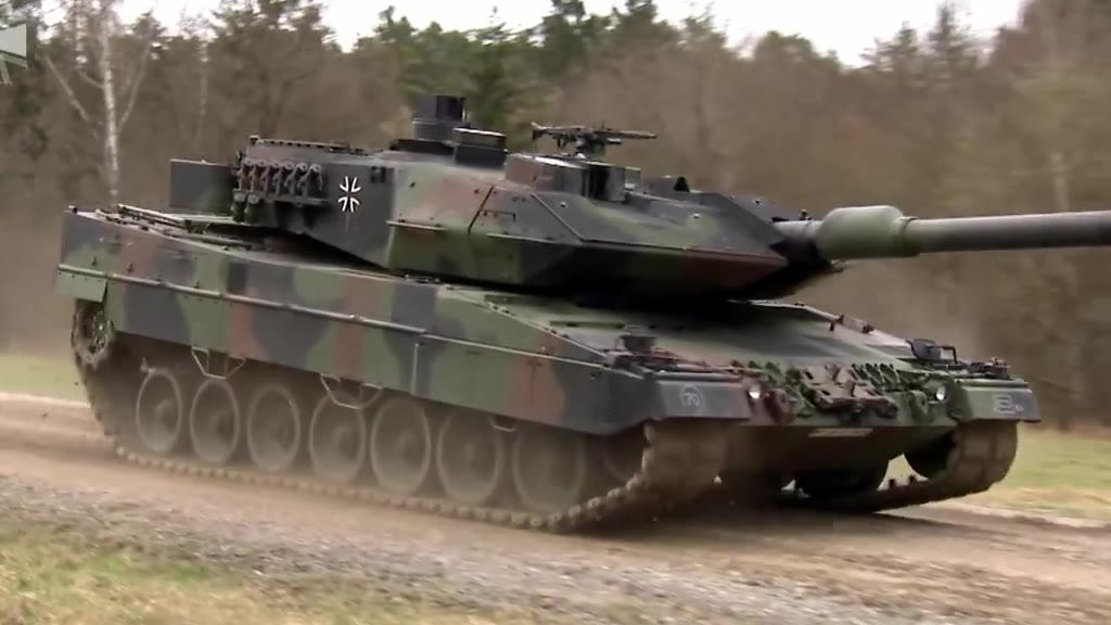 陆战之王德国豹2A6(有内部展示)