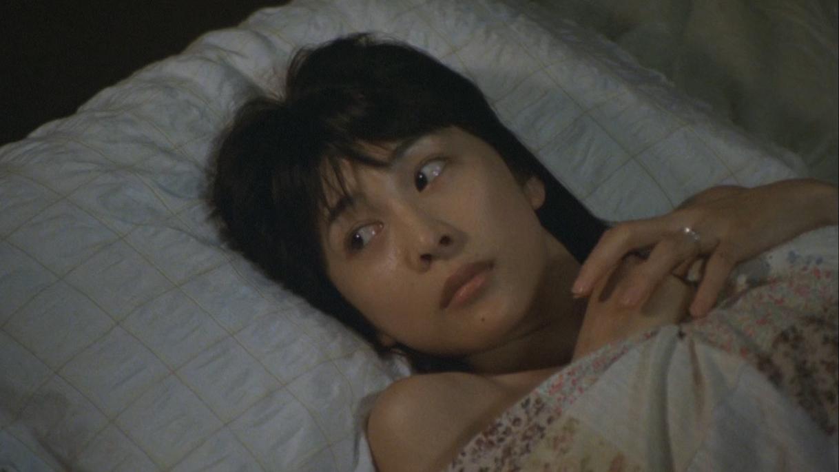 曾轰动一时的日本电影,这才是成年人该看的片子《借着雨点说爱你》