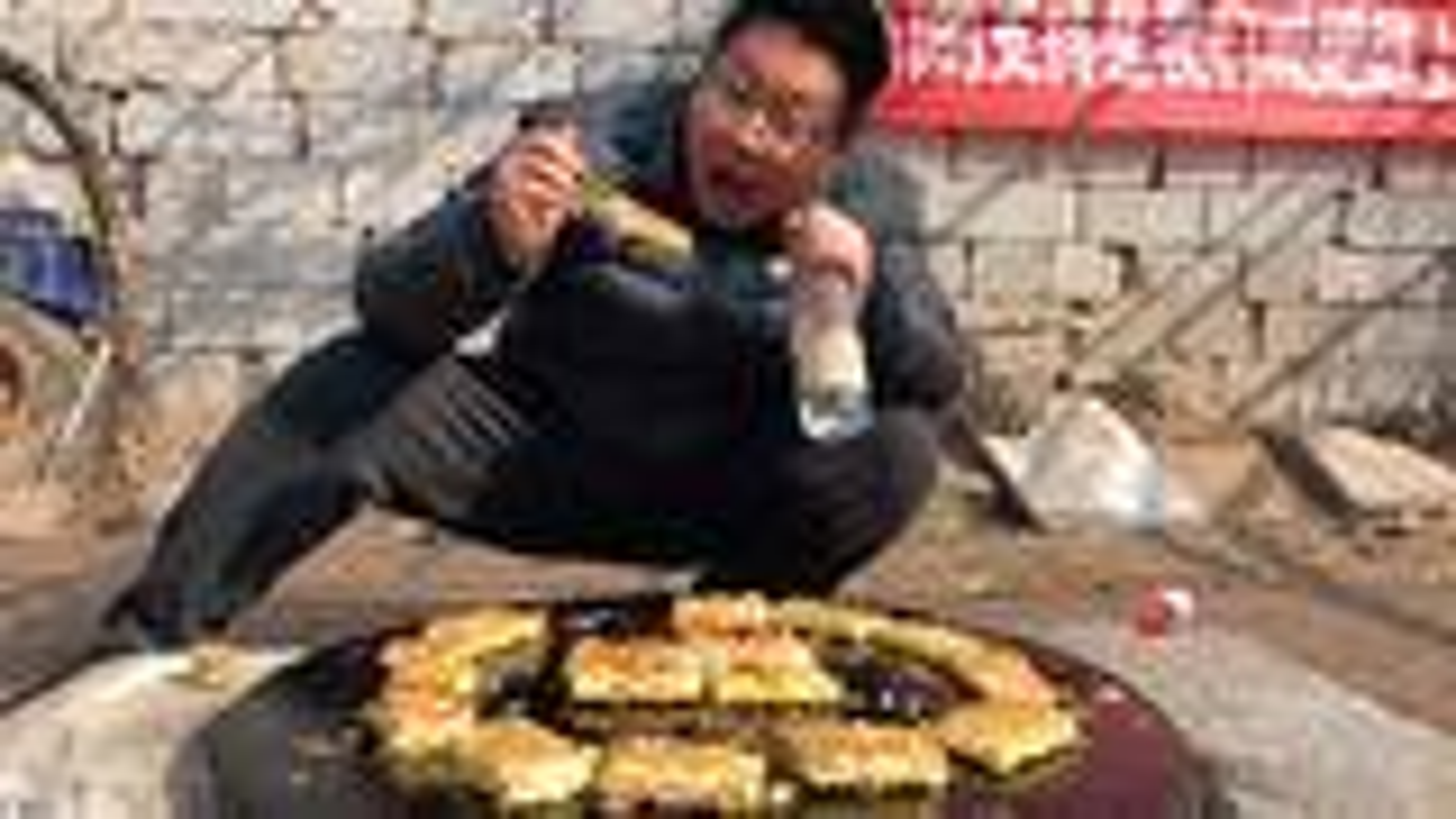 吃了近30年豆腐,第一次这么做,比肉菜还香,外酥里嫩,抢着吃!