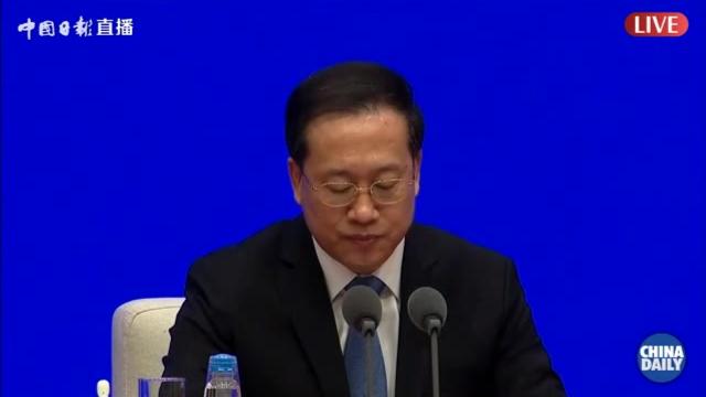 外交部:中国强有力的举措为全球疫情防控赢得了时间