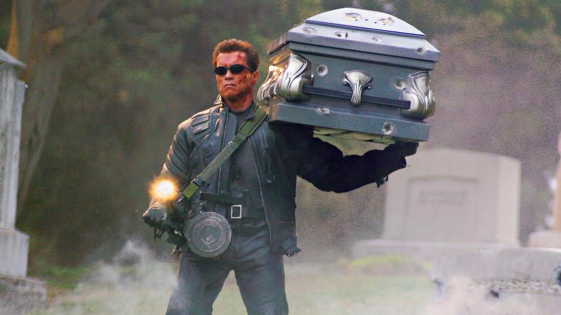 8分钟看完《终结者3》,全程高能,最炫酷的机器人打斗