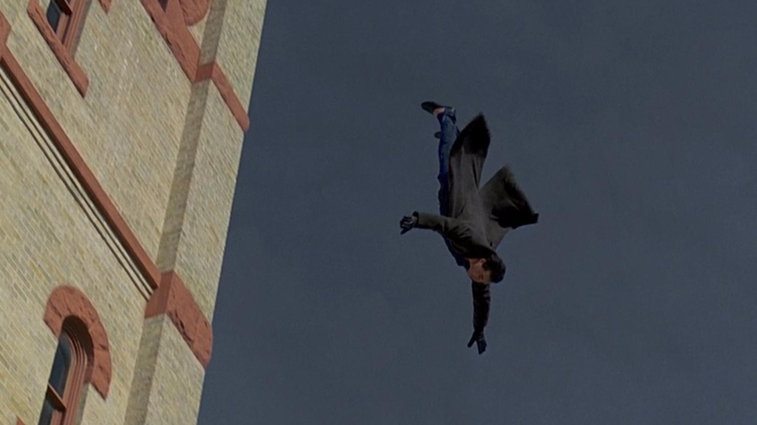 电影:男子在同一天不断复活,跳楼都死不了,最后还抱得美人归!