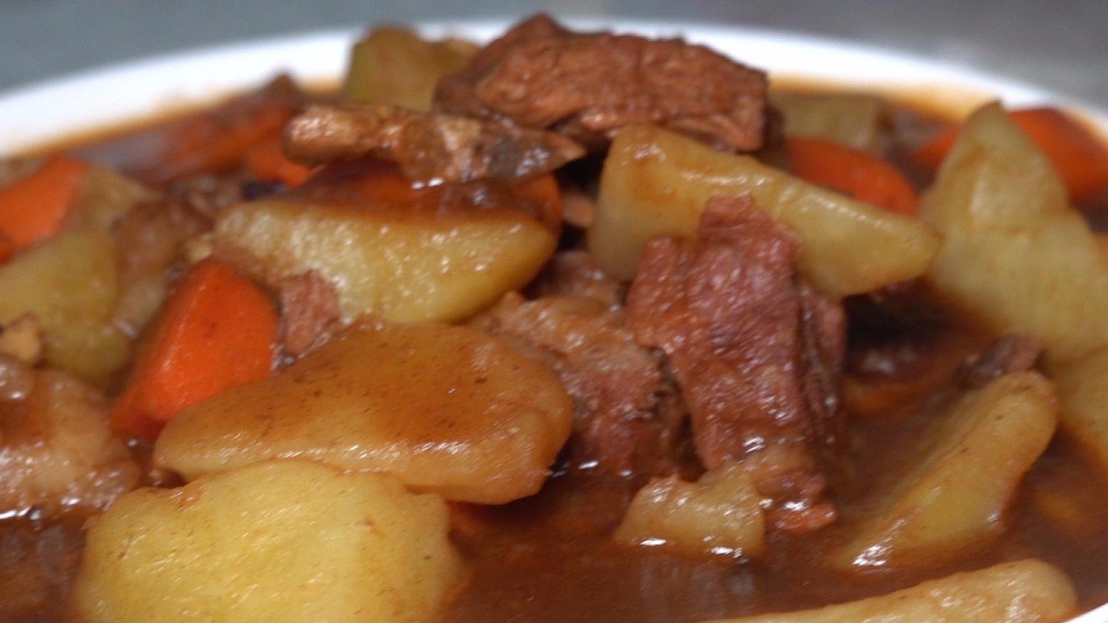 【A等生】【全民】老司马的下饭利器牛肉烧土豆米饭又做少了