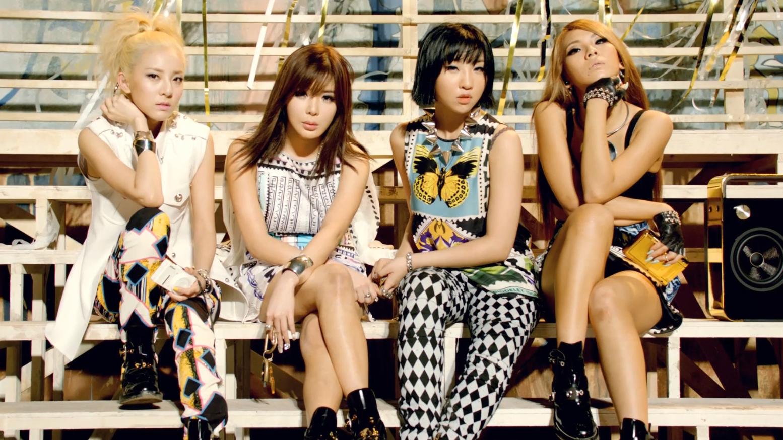 文艺复兴!2NE1 - Falling In Love