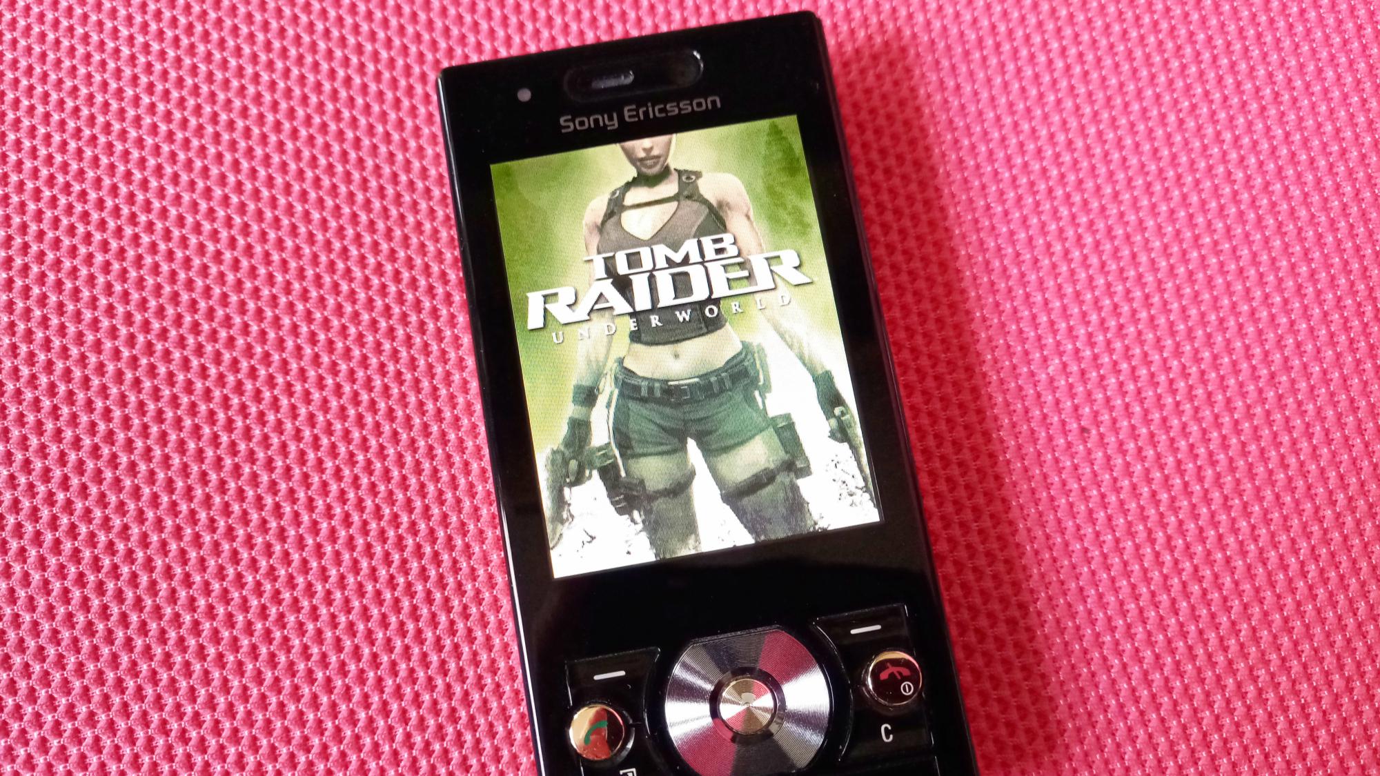 12年前怀旧手机游戏《古墓丽影》容量仅1MB,却有精美3D画面