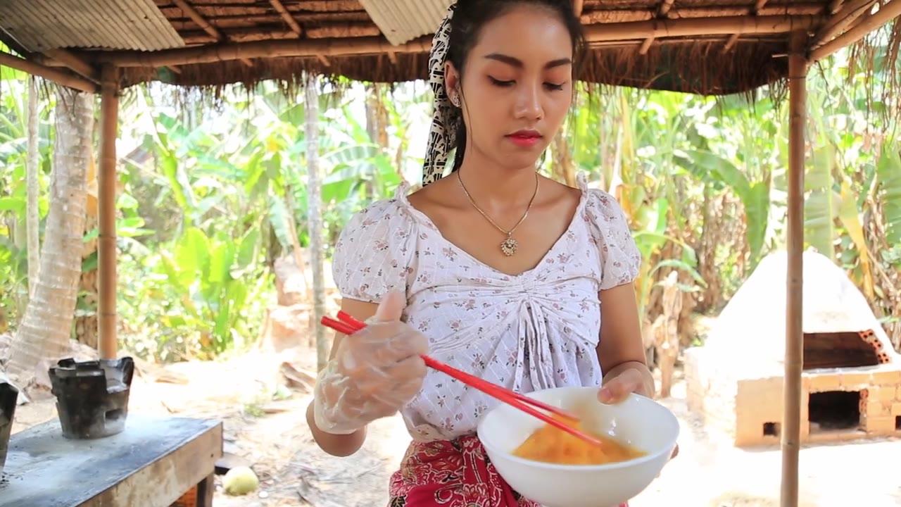肌肉鸡蛋炒饭,在泰国有钱人才能吃