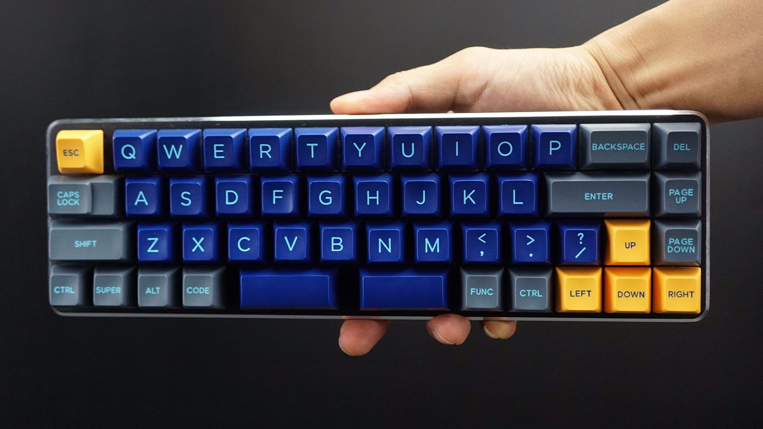 「翻箱底」这把机械键盘,大部分人都用不来
